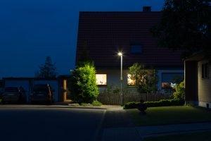 Straßenbeleuchtung mit modernen LED-Leuchten