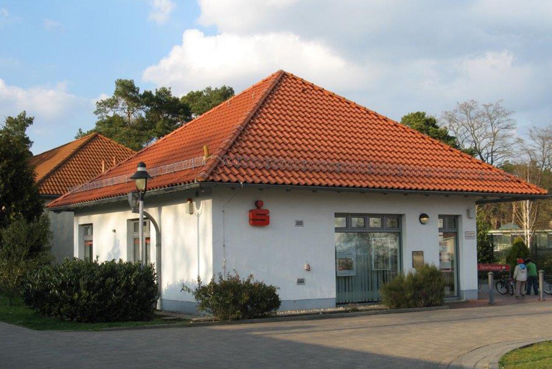 Sparkassen Geschäftsstelle Güsen